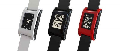 Pebble Time Versus Apple Watch - Which One is Better?