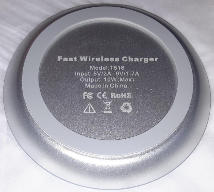 choetech-wireless-charger-rubber-bottom