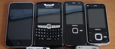 old-mobile-phones-featured