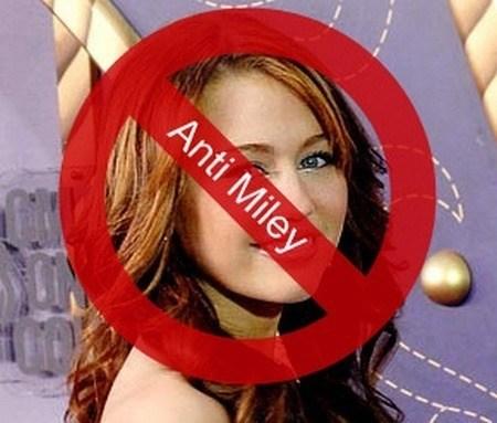 Anti_Kardashian_Block_Cyrus