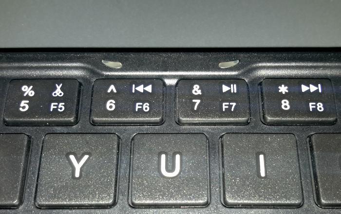 iclever-tri-folding-keyboard-led-indicators