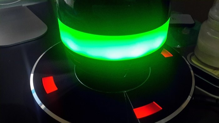 moto-x2-speaker-orb-green-led