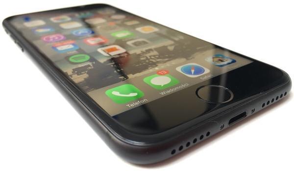 tech-problem-stumped-iphone