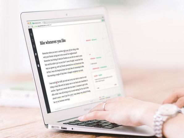 grammarly-on-laptop