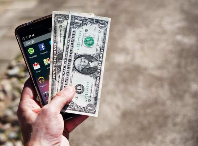 android-one-phone-cash