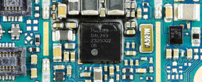 lg-p710-optimus-l7-ii-qualcomm-pm8029-on-main-printed-circuit-board