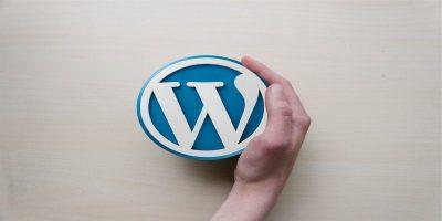 Wordpress-logo-hand