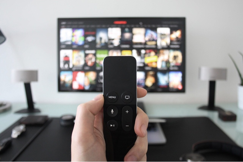 news-tv-streaming-remote